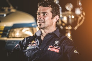 Cyril-Despres-Dakar-Peugeot-2