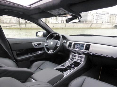 Jaguar XF Sportbrake 07