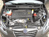 Lancia Delta moteur 1,9 190 MultiJtet (3)