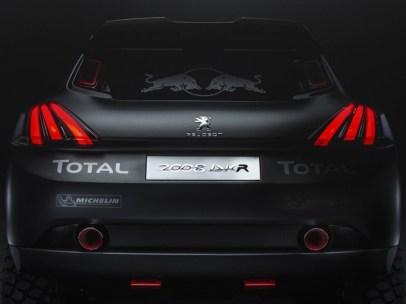 Peugeot-2008-DKR-04