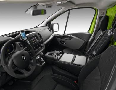 Renault_56832_global_fr