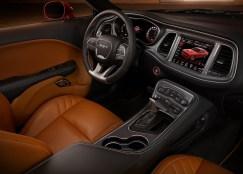 Dodge-Challenger_SRT_Hellcat_2015.14
