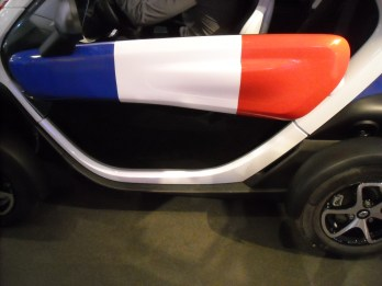 Renault Twizy strip France (4)