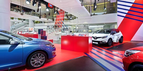 expo-so-french-a-l-atelier-renault-9545-1-P