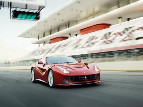 Ferrari-F12berlinetta_2013_1600x1200_wallpaper_11