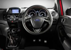 Ford-Fiesta-Red-&-Black-Edition.4