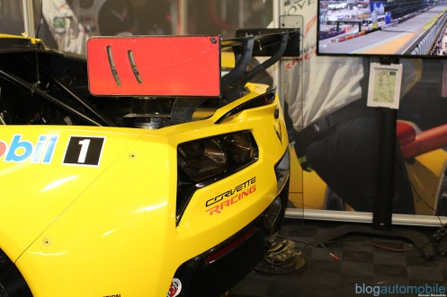 stands-corvette-racing-24HLM-45