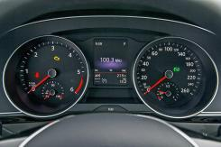 VW Passat 2015.14