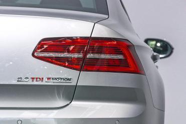 VW Passat 2015.7.1