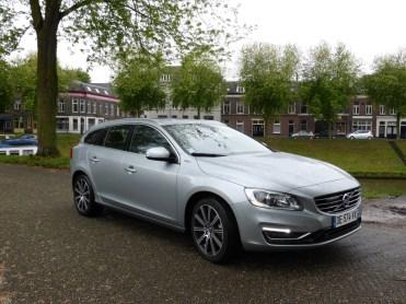 Volvo V60 D6 AWD Plug-in Hybrid 18