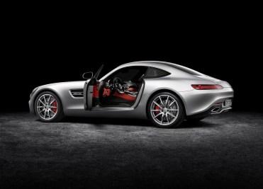 Mercedes benz AMG GT.105
