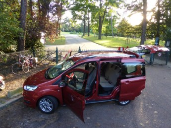 Ford Tourneo Courier 21