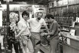 Jean Pierre, François, Henri, Jacqueline dans une amurerie à Daytona