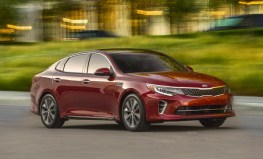 S7-Salon-de-New-York-la-nouvelle-Kia-Optima-totalement-devoilee-349971
