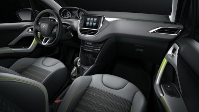 interieur-Peugeot-208-restylee-pack-personnalisation