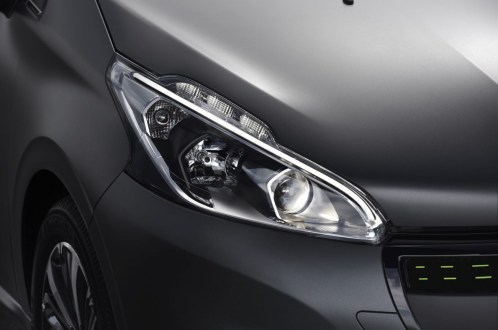 optique-peugeot-208-ice-silver