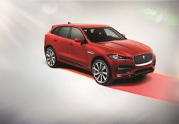 Jag_FPACE_RSport_Studio_Image_140915_02_LowRes