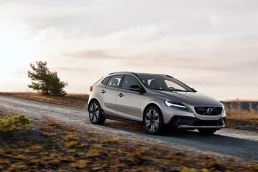Volvo_V40_Facelift_2016