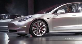 Tesla-Model-3-31