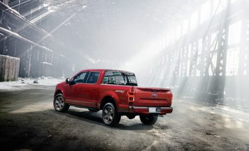 2018-Ford-F-150-108-876x535