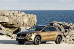 Mercedes-Benz GLA 2017 - 24
