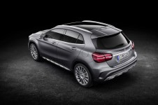 Mercedes-Benz GLA 2017 - 37