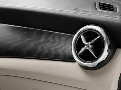 Mercedes-Benz GLA 2017 - 40