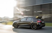 Mercedes-Benz GLA45 4Matic Yellow Night Edition 2017 - 16