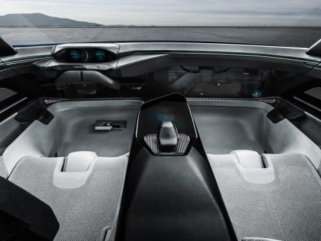 Peugeot Instinct - 10