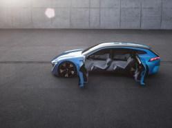 Peugeot Instinct - 13