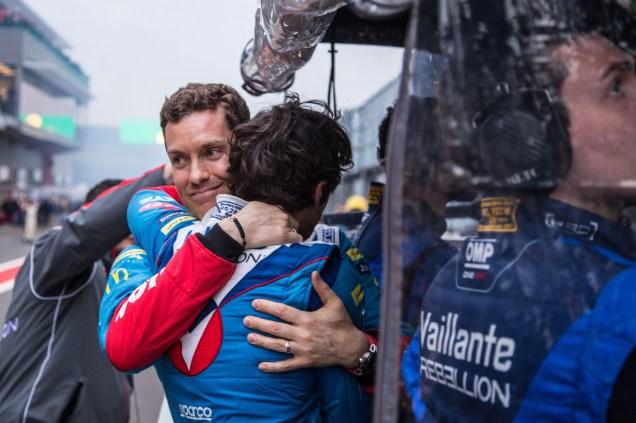 La joie entre Nicolas Prost et Julien Canal