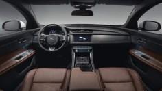 Jaguar XF Sportbrake - 12