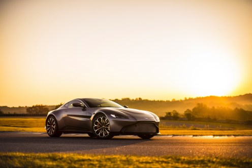 Aston Martin Vantage - 08
