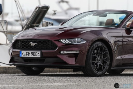 FORD Mustang 2018-080