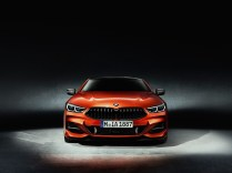 BMWSerie8P90307460_highRes_the-all-new-bmw-8-se