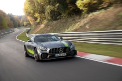 Der neue Mercedes-AMG GT und AMG GT R PRO: Nachgeschärft und noch agilerThe new Mercedes-AMG GT and AMG GT R PRO: Further honed and even more agile