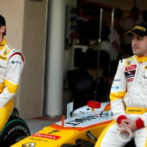 (motorsport) f1-abu-dhabi-gp-2009-fernando-alonso-renault-f1-team-and-romain-grosjean-renault-f1-team