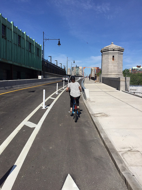 Bike Lane - Longfellow Bridge