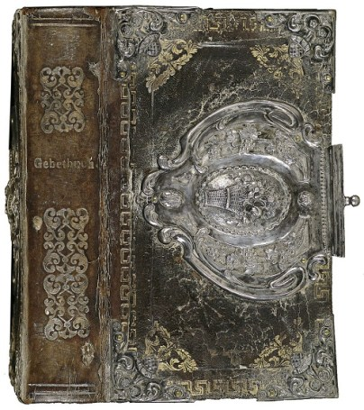 17th-c-copper-gilt-and-silver-filigree-book-binding