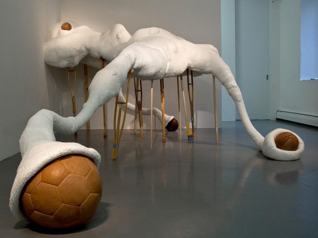 Shape & Control (Installation Ausschnitt 2013) Foto: Judith Egger)
