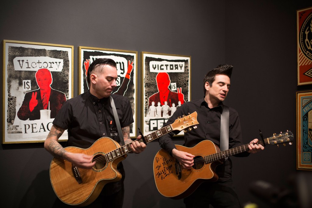 VICTORY IS PEACE 2016 / Vernissage mit ANTI-FLAG (c) Hanna Sturm / Positive-Propaganda