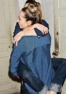 BOLD_FREITAG_F-ABRIC_Female BlueOnBlue2_PeterHauser