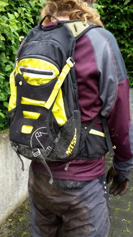 Rückenansicht Endura MT500 ohne Helm