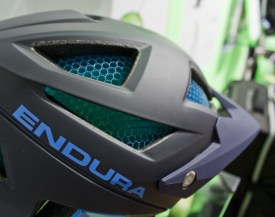 Endura MT500 Helm mit Koroyd-System - Detail