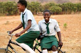 Ethel & Freunde - Copyright World Bicycle Relief