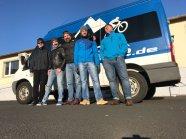 5 Mann aus dem HIBIKE Team auf dem Weg zum Omloop