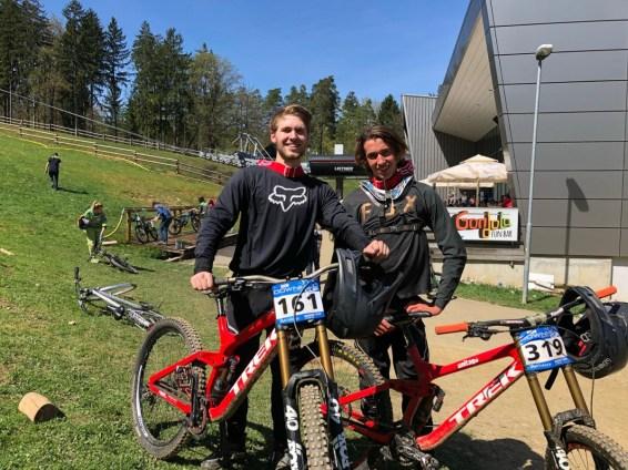 Unser zwei Teamfahrer Floris (li) und Blake (re)