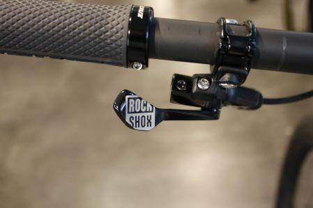 RockShox Reverb kommt direkt mit