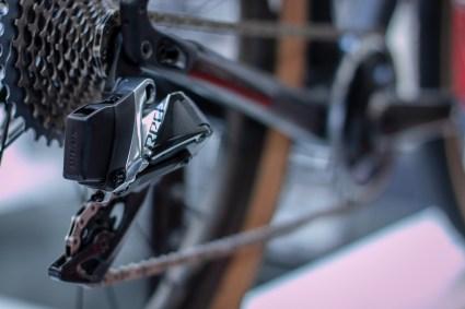 12 Gänge am Rennrad, die per Funk geschaltet werden können - AXS stößt auch ihr in völlig neue Gefilde vor.
