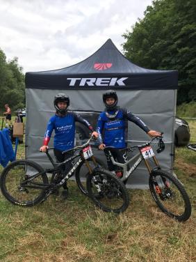 Florian und Max vor dem Training.